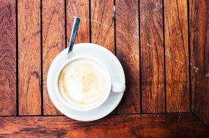 カフェラテはエスプレッソとミルク